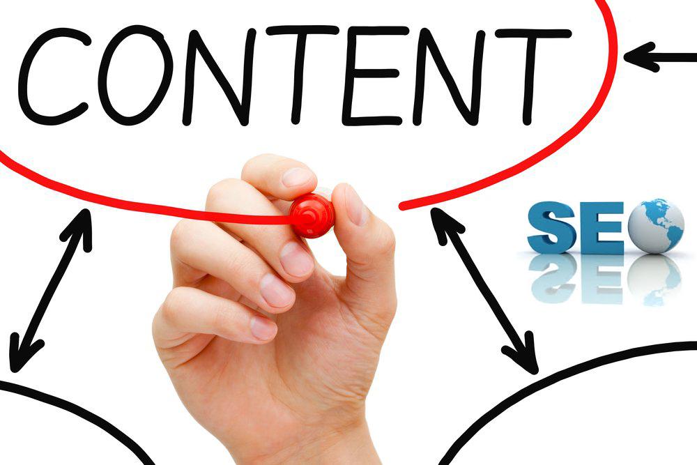 Nhân viên content marketing là người gắn kết giữa doanh nghiệp và khách hàng